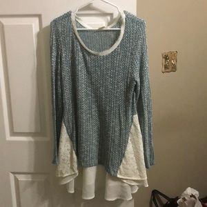 Gorgeous knit tunic with lace back accent